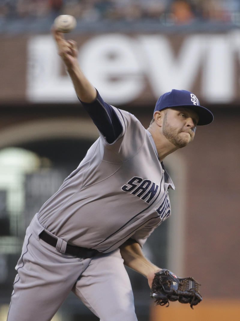 Hahn wins third straight in Padres victory