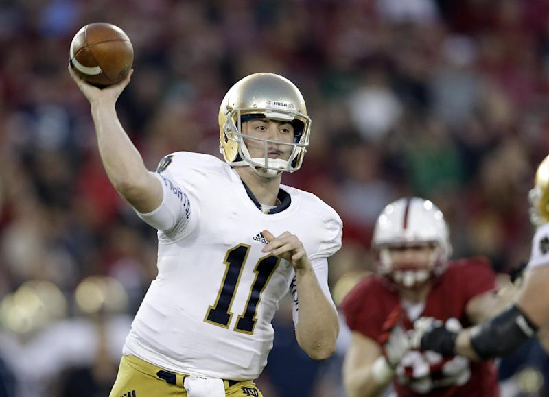 AP Source: Notre Dame headed to Pinstripe Bowl