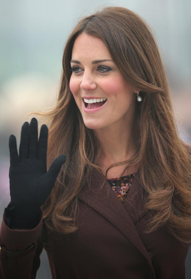 GRIMSBY, ENGLAND - MARCH 05:  Catherine, Duchess of Cambridge arrives at Havelock Academy on March 5, 2013 in Grimsby, England.  The pregnant Duchess of Cambridge is spending the day visiting Grimsby in the North East of England.  (Photo by Chris Jackson/Getty Images)