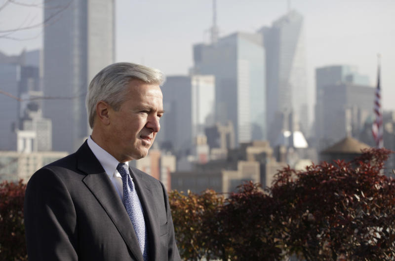 Wells Fargo boss talks bank fees, economy, taxes