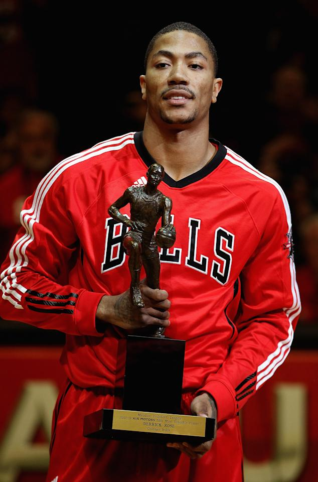 CHICAGO, IL - MAY 04: Derrick Rose #1 of the Chicago Bulls holds the Maurice Podoloff Trophy awarded to the NBA Most Valuable Player before taking on the Atlanta Hawks in Game Two of the Eastern Conference Semifinals in the 2011 NBA Playoffs at the United Center on May 4, 2011 in Chicago, Illinois. NOTE TO USER: User expressly acknowledges and agrees that, by downloading and/or using this photograph, User is consenting to the terms and conditions of the Getty Images License Agreement. (Photo by Jonathan Daniel/Getty Images)