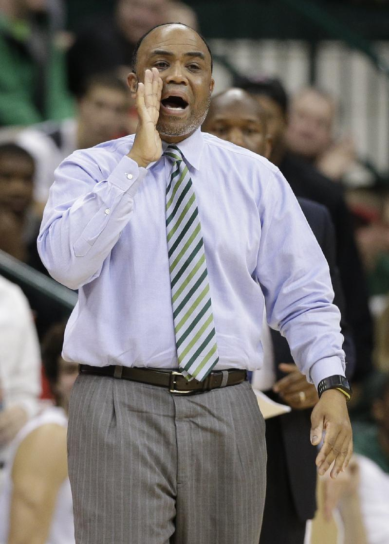Charlotte coach Major on medical leave of absence