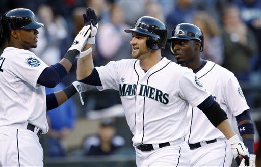 Mariners rout Angels 12-0 in season finale