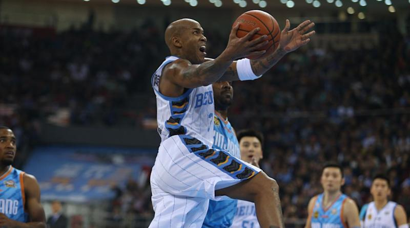 Marbury in talks with other clubs after Beijing Ducks era