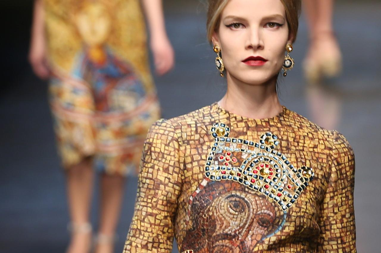MILAN, ITALY - FEBRUARY 24:  A model walks the runway at the Dolce & Gabbana fashion show as part of Milan Fashion Week Womenswear Fall/Winter 2013/14 on February 24, 2014 in Milan, Italy.  (Photo by Vittorio Zunino Celotto/Getty Images)