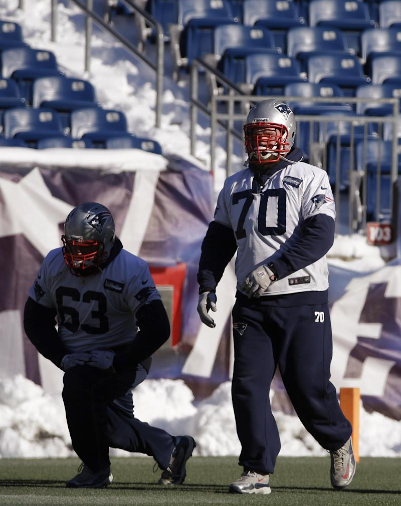 Patriots' Mankins ready to play tackle again