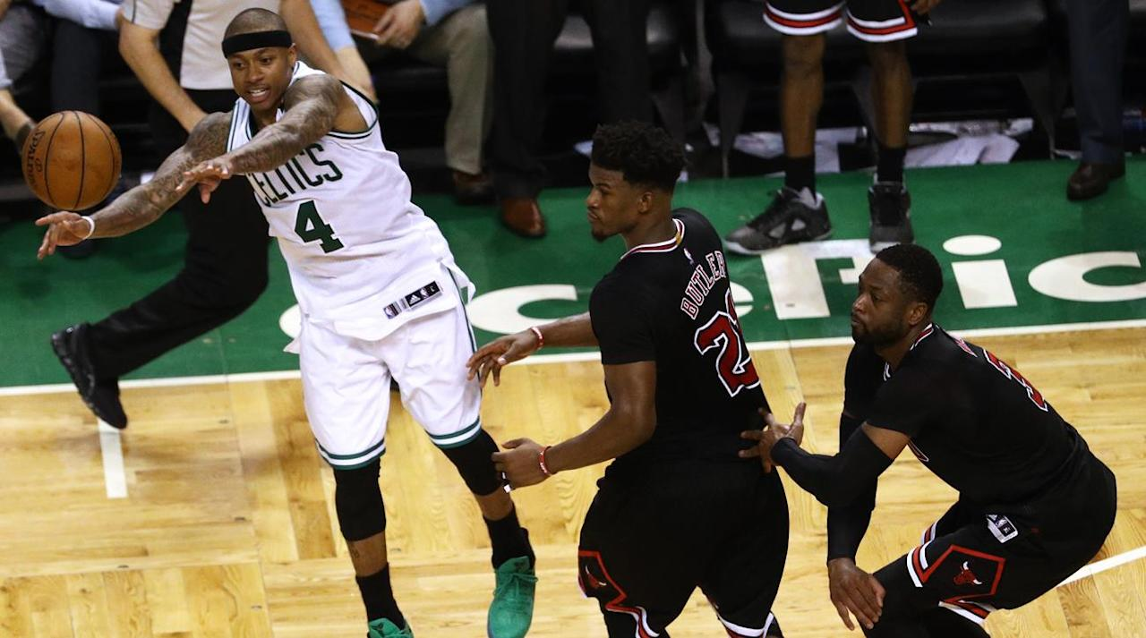 CHICAGO - A real, actual Chicago Bulls playoff game featured Jimmy Butler at point guard, Isaiah Canaan exhumed to log significant and meaningful playoff minutes in an 11-man rotation, Robin Lopez losing a shoe and attempting to untie an opponent's sneaker as reprisal and Derrick Rose receiving a massive ovation from the United Center crowd.