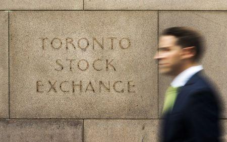 Toronto stock market index down a nudge, weighed down by falling gold