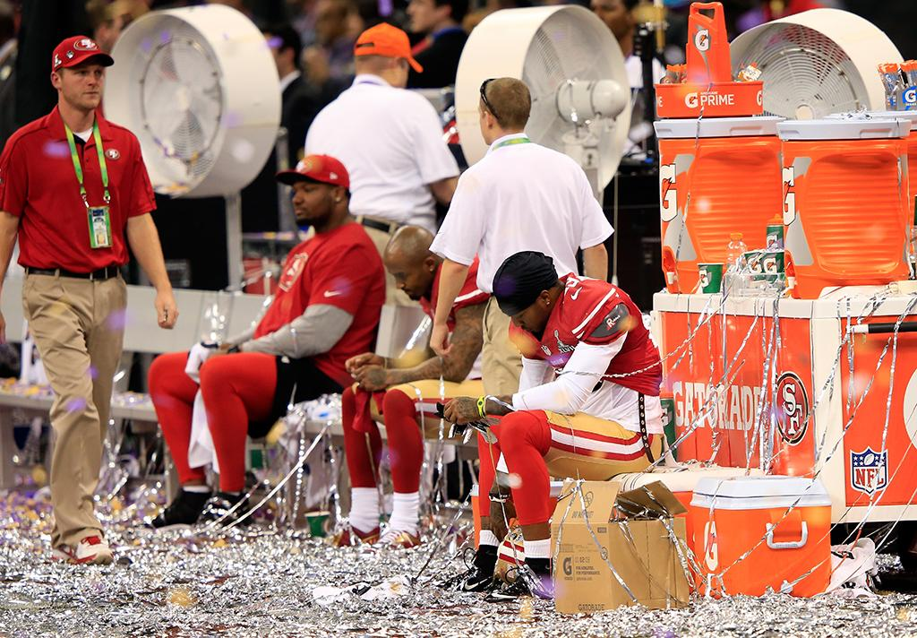 Members of the San Francisco 49ers sit on the bench after being defeated by the Baltimore Ravens during Super Bowl XLVII at the Mercedes-Benz Superdome on February 3, 2013 in New Orleans, Louisiana. The Ravens defeated the 49ers 34-31. (Photo by Jamie Squire/Getty Images)