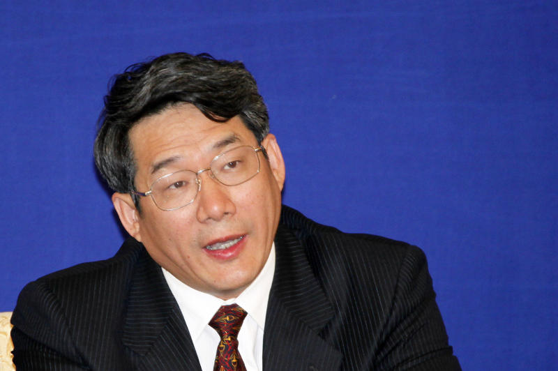China investigates top planning official for graft