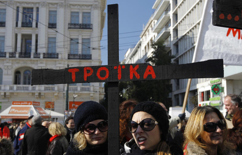 Crucial debt talks to resume in Athens