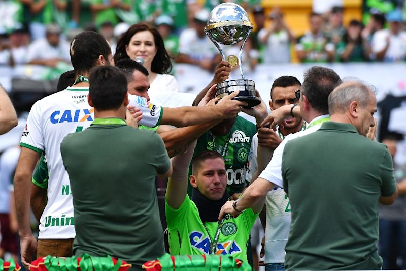 Chapecoense: Brazilian team play their first game since plane crash
