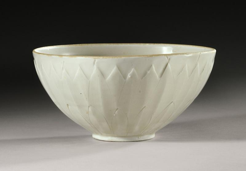 Rare Chinese bowl, $3 at tag sale, sells for $2.2M