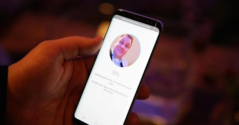 Video reveals face recognition flaw in Galaxy S8