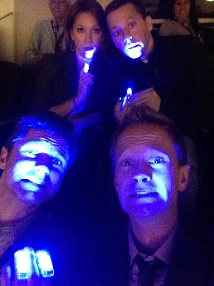 """All the lights are out!! It's pandemonium!! Thank god we have out Beyonce finger lights!"""" Well said, NPH!"""