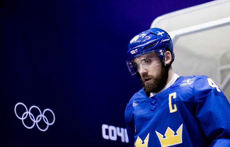 Sweden's Zetterberg out of World Cup of Hockey with injury