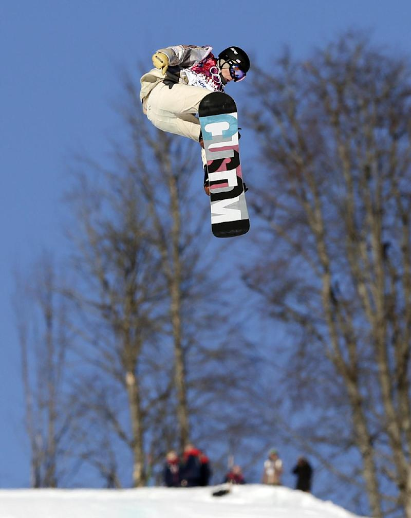 Canadian McMorris advances to slopestyle finals