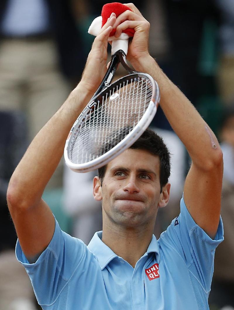 In a flash, Federer takes control at French Open