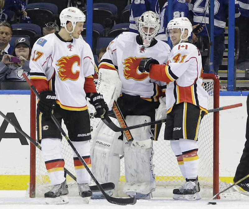 Ramo stops 31 shots to lead Flames past Lightning