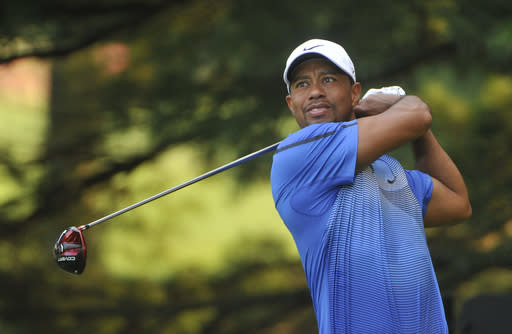 Woods goes to old driver without new results