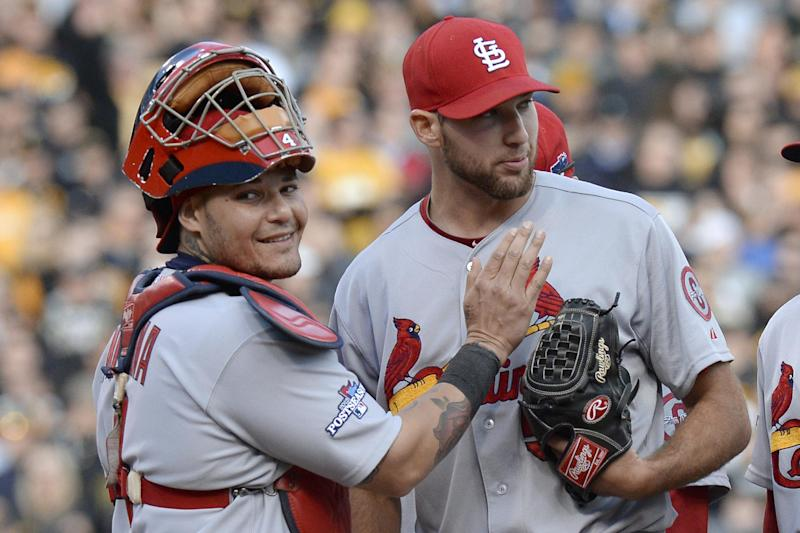 Cardinals edge Pirates 2-1 to send NLDS to Game 5
