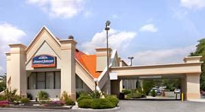 Howard Johnson Hotels Offer Harlem Globetrotters Tickets With Two Night Stay