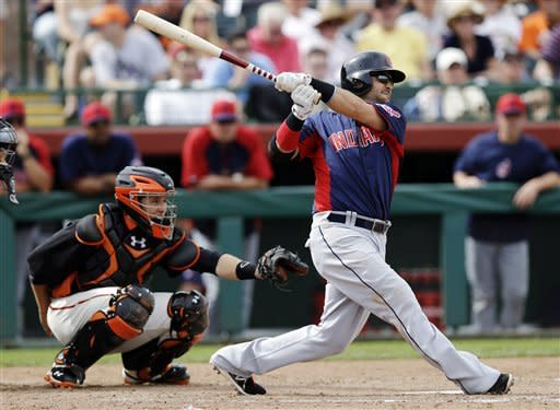 Swisher helps power Indians past Giants, 4-3