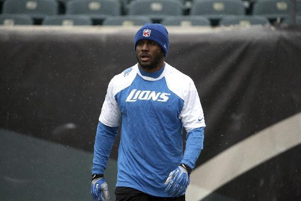 Lions RB Bush suffers calf injury against Eagles