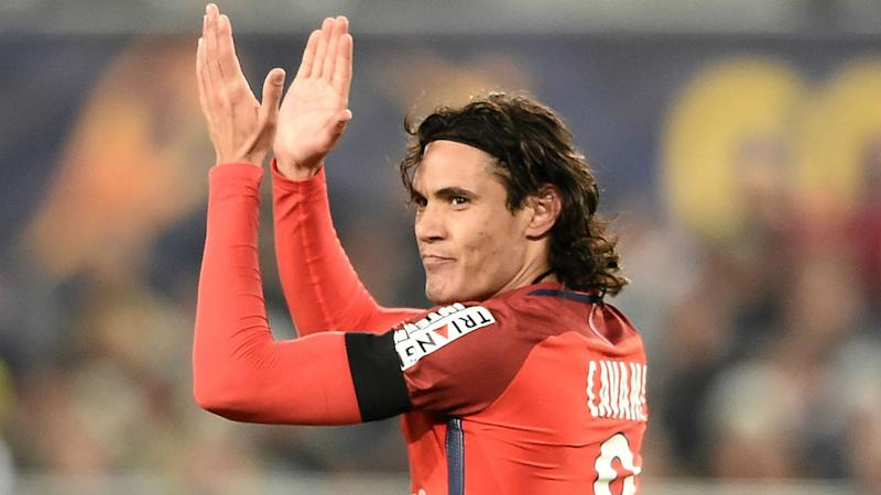 Cavani I am not PSG's saviour