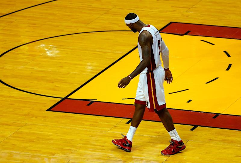 Heat turn to the tape to make fixes before Game 4