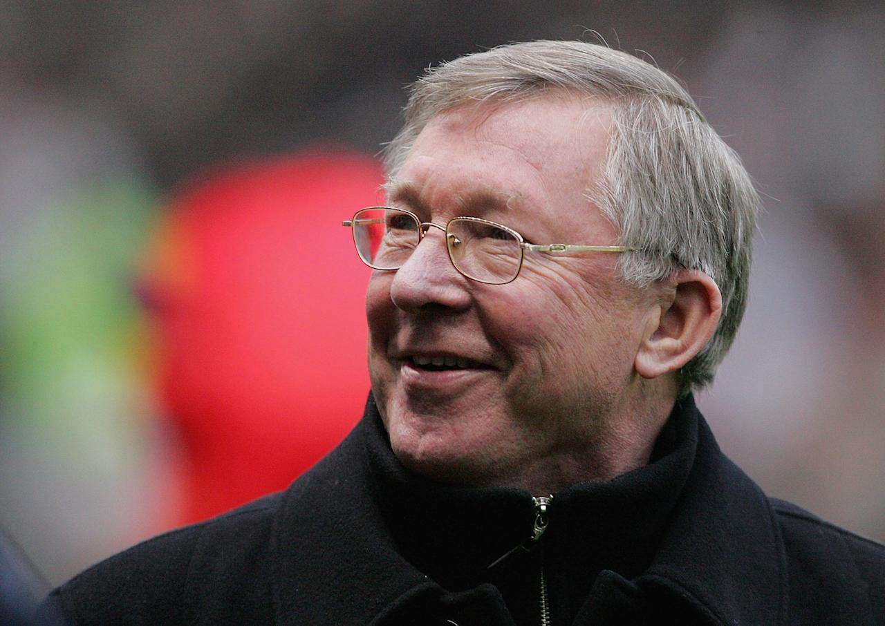 MANCHESTER, ENGLAND - DECEMBER 26:  Sir Alex Ferguson of Manchester United smiles ahead of the Barclays Premiership match between Manchester United and Wigan Athletic at Old Trafford on December 26 2006 in Manchester, England. (Photo by John Peters/Manchester United via Getty Images)