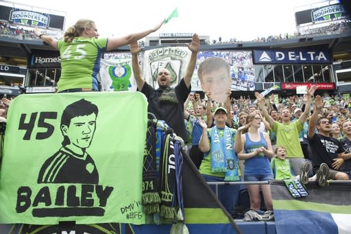 Seattle gives Make-A-Wish recipient chance to play