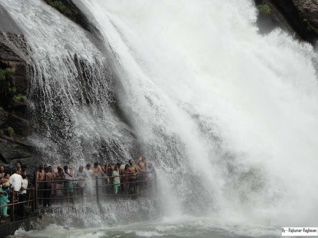 "Banatheertham Falls in Tirunelveli, Tamilnadu. Banatheertham is part of the Mundanthurai Tiger Reserve and lies above the Karayar dam.<br><br>by <a target=""_blank"" href=""http://www.flickr.com/photos/90261866@N02/"">Rajesh PMK</a> /Flickr"