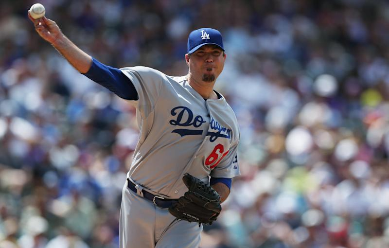 Dodgers' Beckett goes on 15-day DL with hip injury