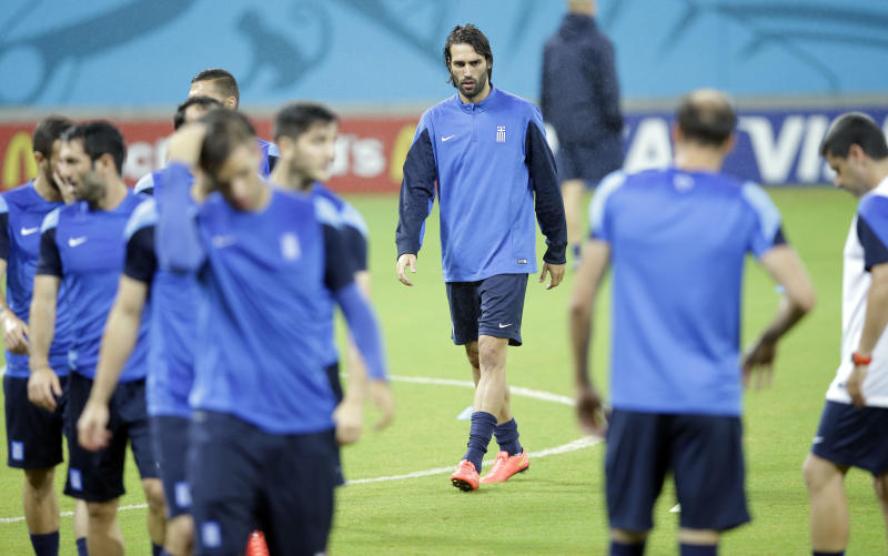 Costa Rica makes 2 changes for Greece in World Cup