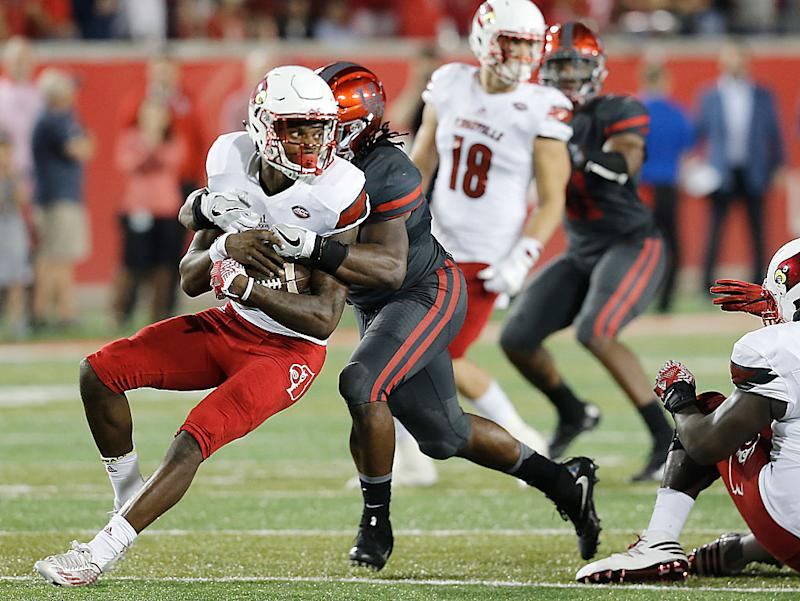 Louisville quarterback Lamar Jackson was sacked 11 times in an upset loss against Houston. (Getty)
