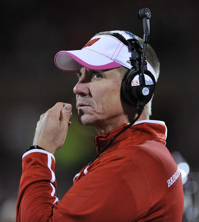 Still on run, but Badgers look to spice up offense