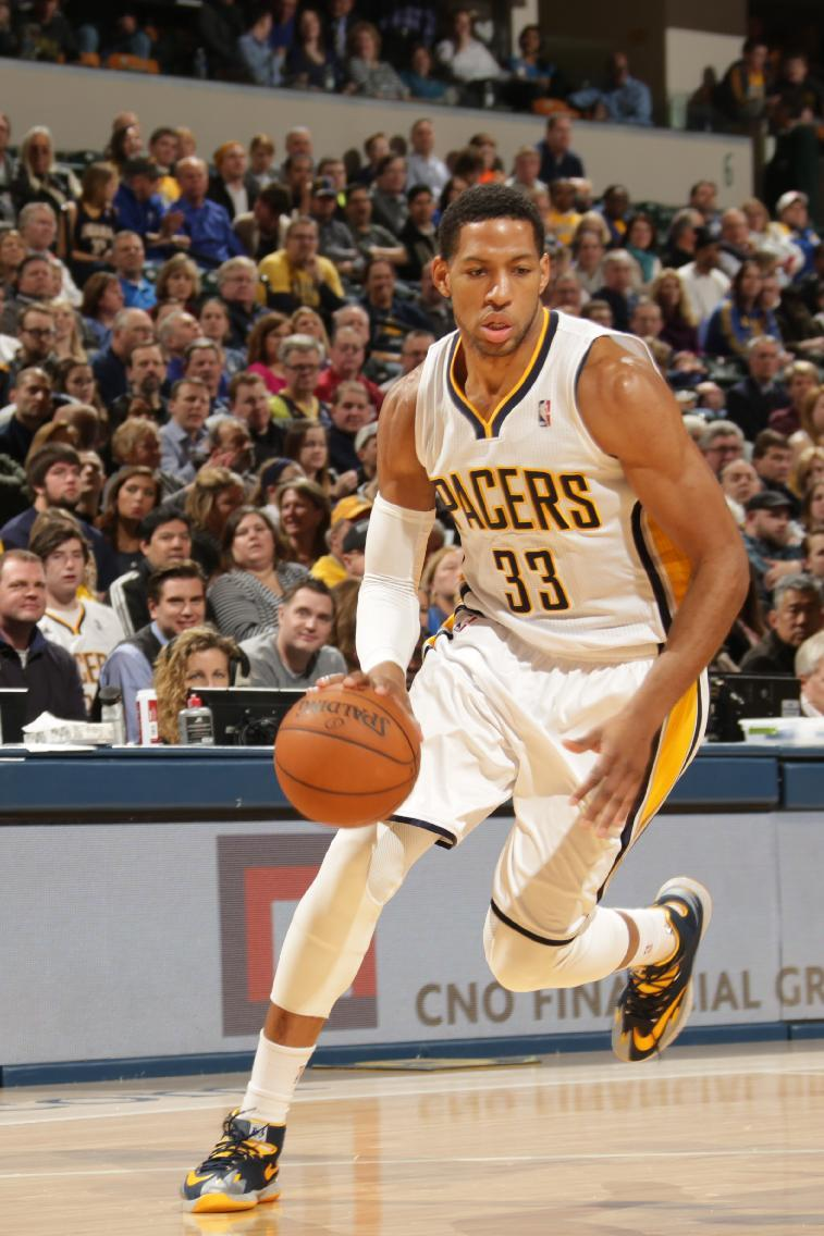 Sixers buy out contract of veteran forward Granger