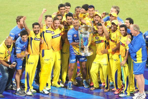 Chennai Super Kings celebrate after winning the final CLT20 match against Kolkata Knight Riders at M.Chinnaswamy Stadium in Bangalore, on Oct.4, 2014. (Photo: IANS)