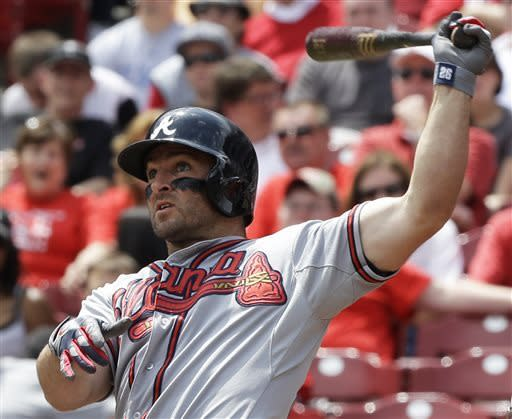 Juan Francisco's slam send Braves over Reds 7-2