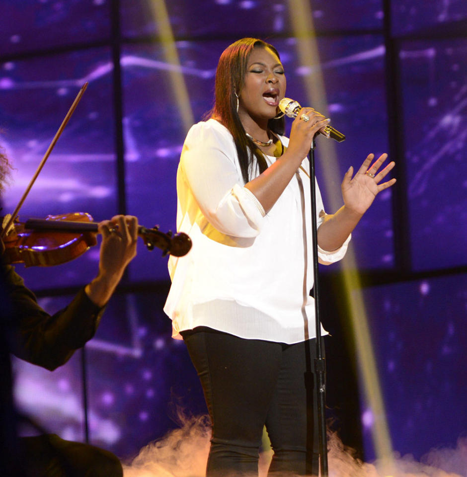 """Candice Glover performs """"When You Believe"""" on the Wednesday, April 17 episode of """"American Idol."""""""