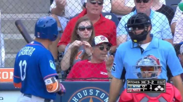 Mets' Asdrubal Cabrera casually strolls off field after being ejected