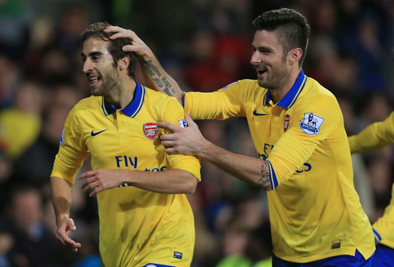 Arsenal powers 7 points clear in Premier League