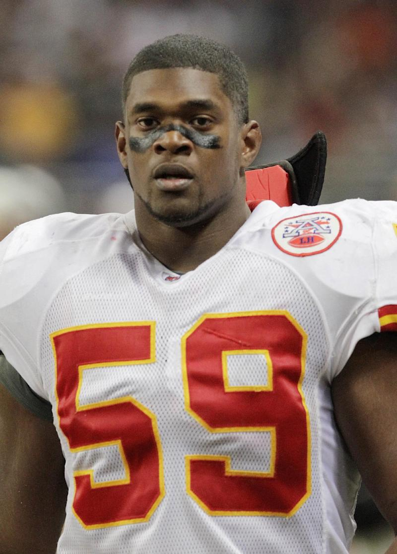 Mother of Belcher sues Chiefs for wrongful death