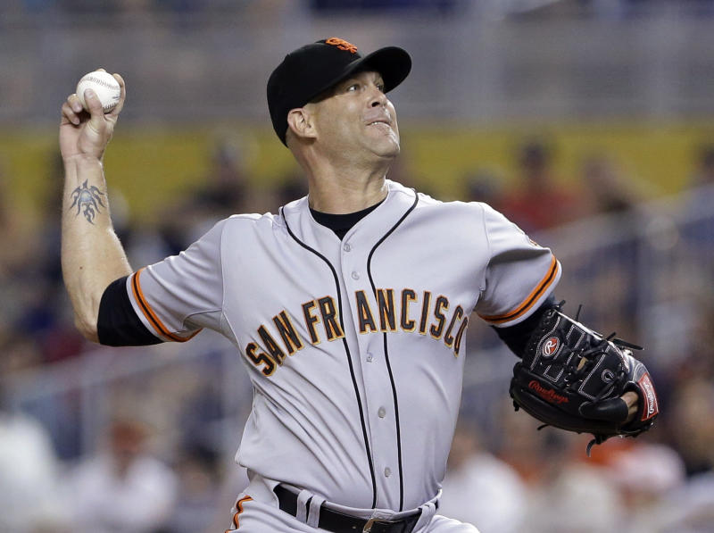 Hudson gets some support, Giants beat Marlins 5-3