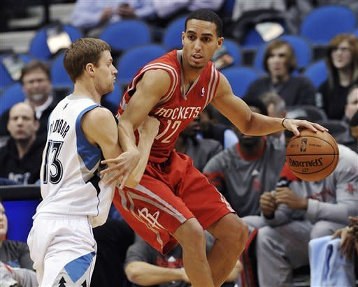 Rockets win 7th straight, 107-92 over Timberwolves