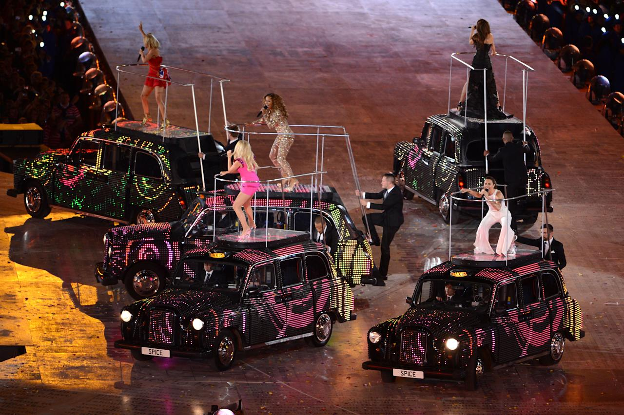 (L-R) Geri Haliwell, Emma Bunton, Melanie Chisholm, Victoria Beckham and Melanie Brown of the Spice Girls perform during the Closing Ceremony on Day 16 of the London 2012 Olympic Games at Olympic Stadium on August 12, 2012 in London, England.  (Photo by Michael Regan/Getty Images)