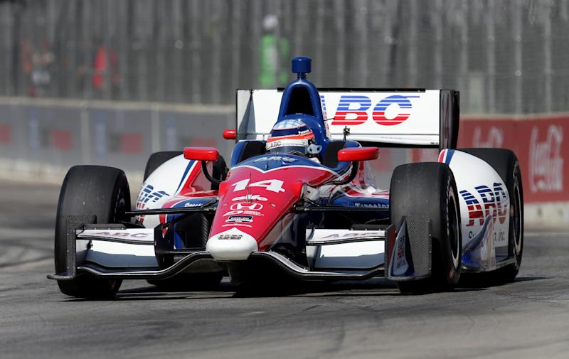 Castroneves has his eye on Texas after latest win