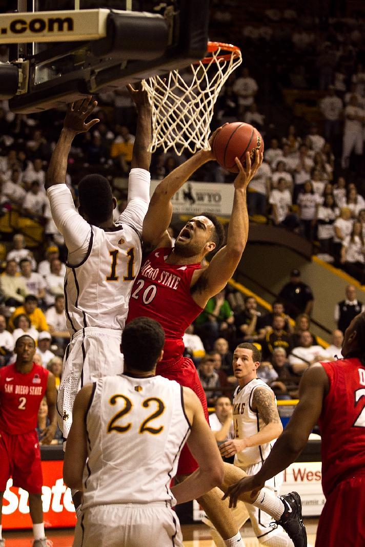 Wyoming upends No. 5 San Diego State, 68-62