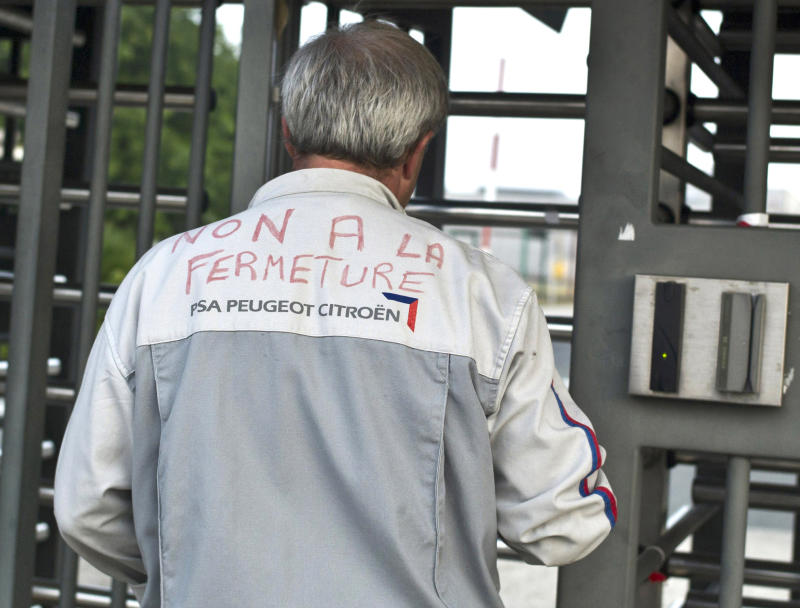 Peugeot workers occupy plant slated to be sold
